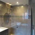 Porte de douche avec imposte et fixe en une pièce